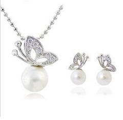 x38  Free shipping Fashion full rhinestone butterfly imitation pearl Earrings and Necklace Jewelry Set wholesale for women